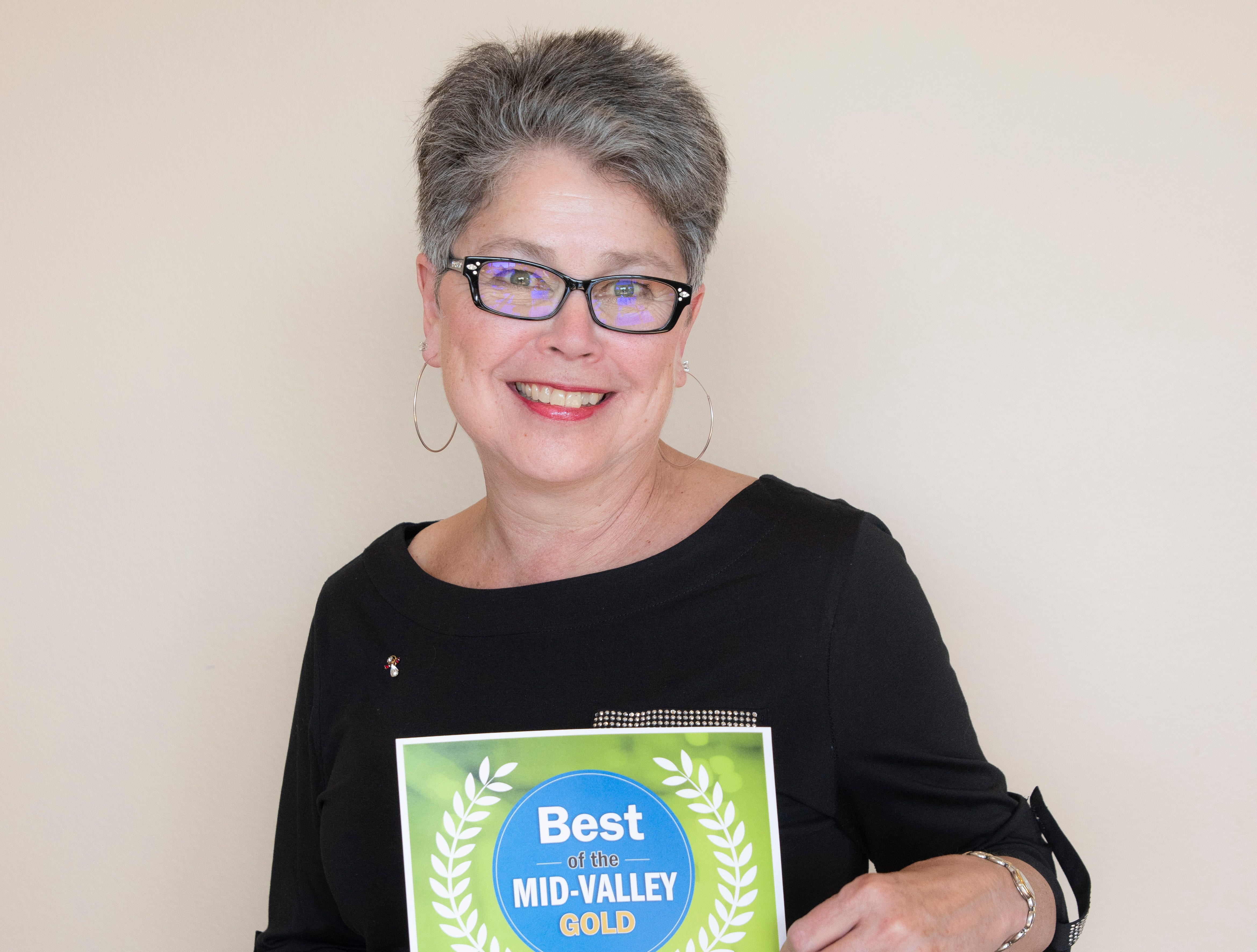 Rags to Riches won gold for Best Consignment/Thriftstore in the 2019 Best of the Mid-Valley.