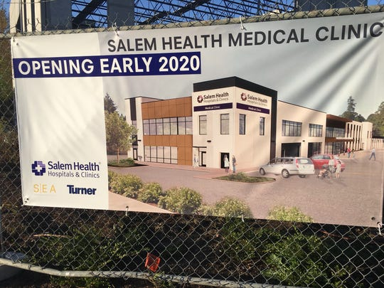 Construction of the new Salem Health Medical Clinic in Woodburn near the Woodburn Premium Outlets.