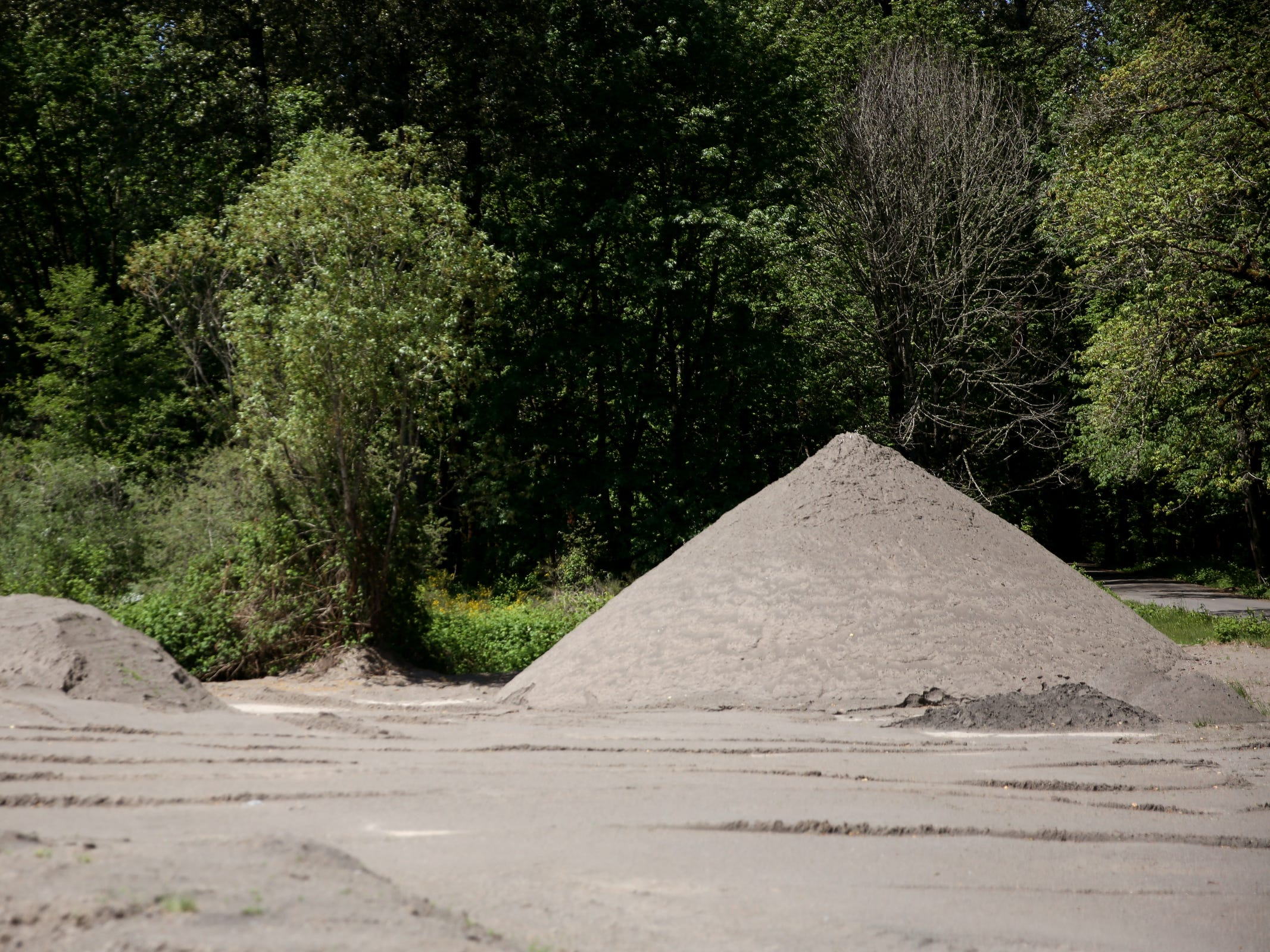 Sand is used to help as a natural filtration system at the Geren Island Water Treatment Facility near Stayton on May 10, 2019. Salem officials are planning to spend more than $75 million to build defenses against toxic algae, in an effort to avoid a rerun of last year's drinking water crisis.