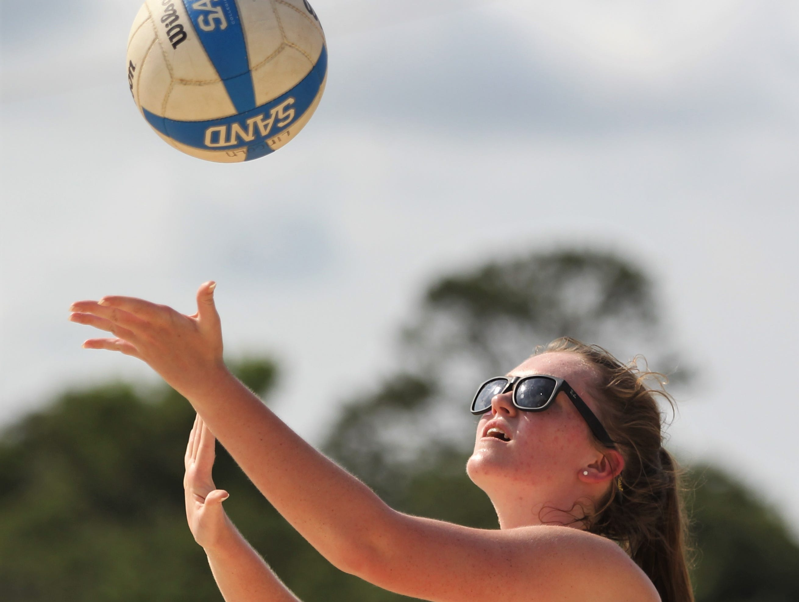 Chiles and Lincoln play in the 2019 Tallahassee high school beach volleyball championship at Tom Brown Park on May 9, 2019. The Timberwolves swept the Trojans 5-0 to capture their first title.