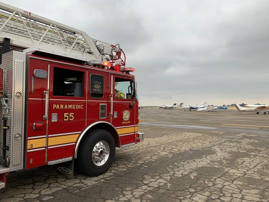 Two FedEx planes made an emergency landing at Visalia Municipal Airport Friday morning.