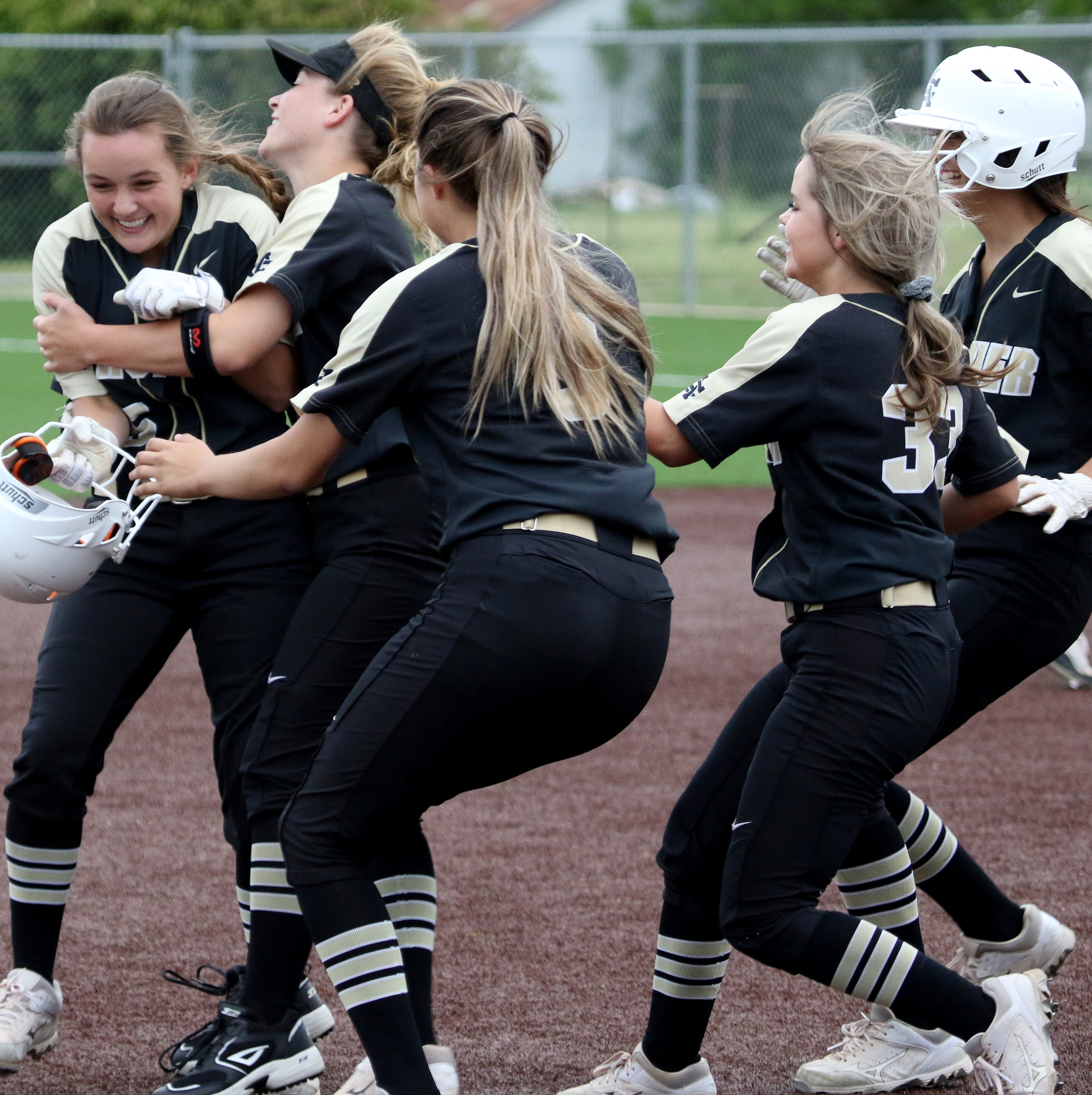 Hanna, Huseman lead Archer City to victory against Haskell