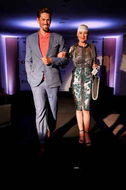 WASHINGTON, DC - MAY 09: Actor Steve Howey and Optune Patient Ambassador Jennifer Riston walk the runway during the Creative Coalition's 2019 #RightToBearArts Gala Presented By Optune on May 09, 2019 in Washington, D.C. (Photo by Paul Morigi/Getty Images The Creative Coalition) ORG XMIT: 775330972 ORIG FILE ID: 1148120239