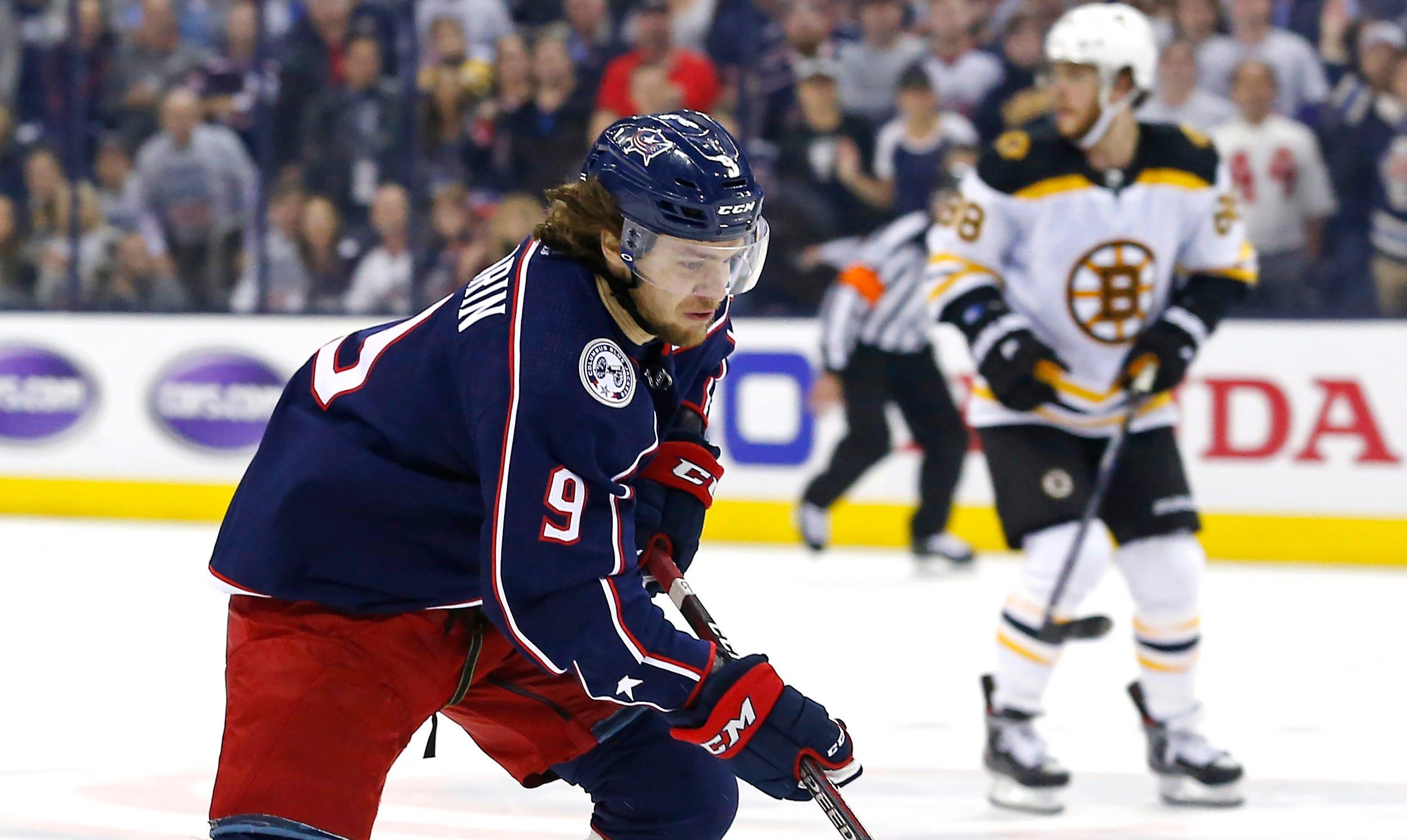 Carolina's Justin Williams to take a break from the NHL to start season