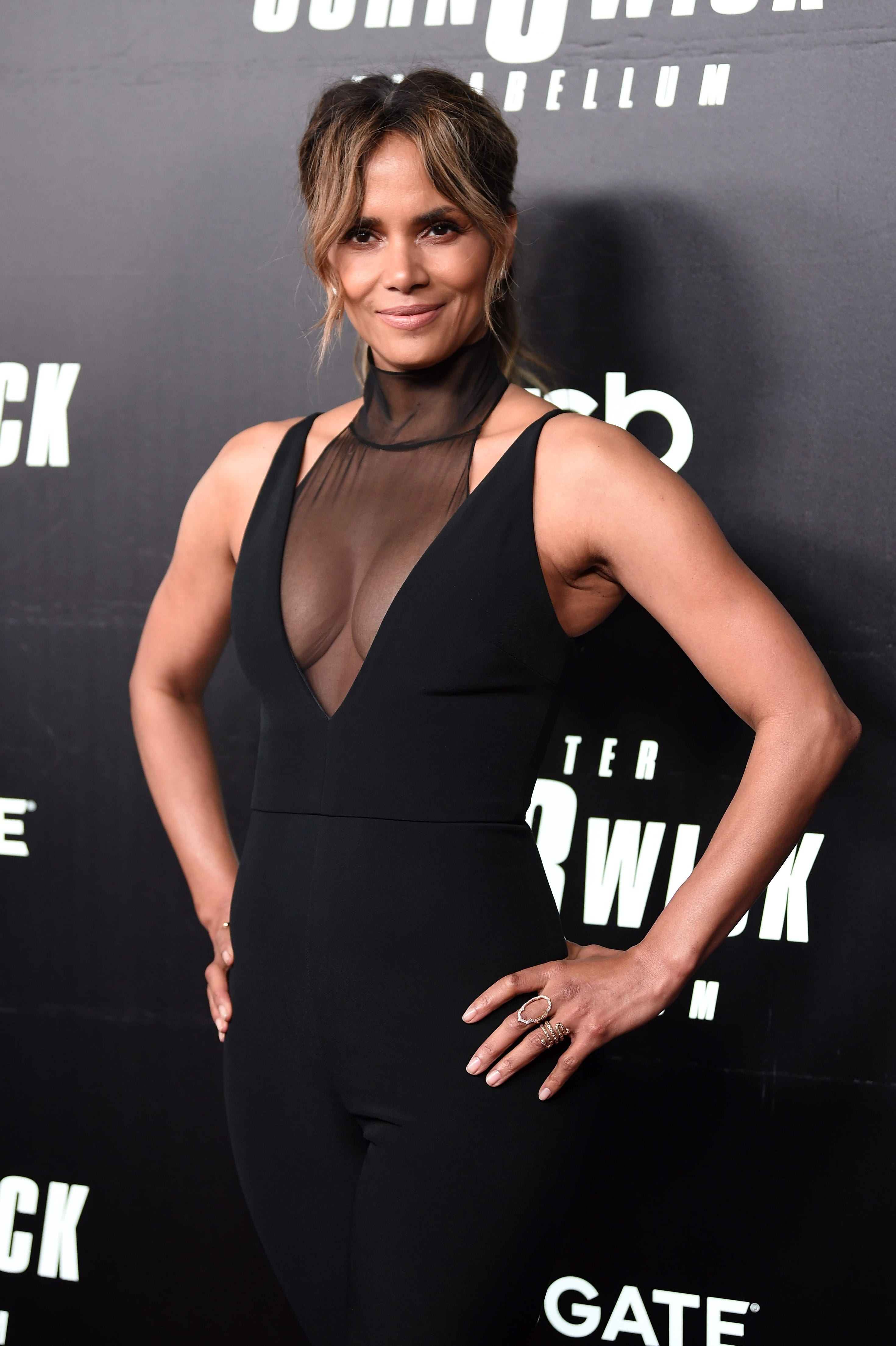 Surprise! Halle Berry's steamy back tattoo is fake