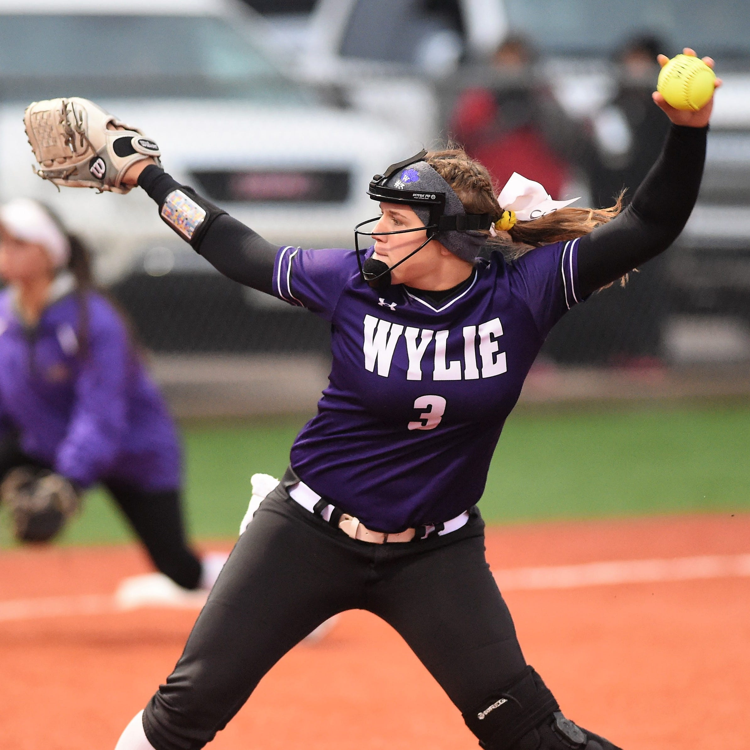 Abilene Wylie softball, baseball teams suffer similar fates in Game 1 losses