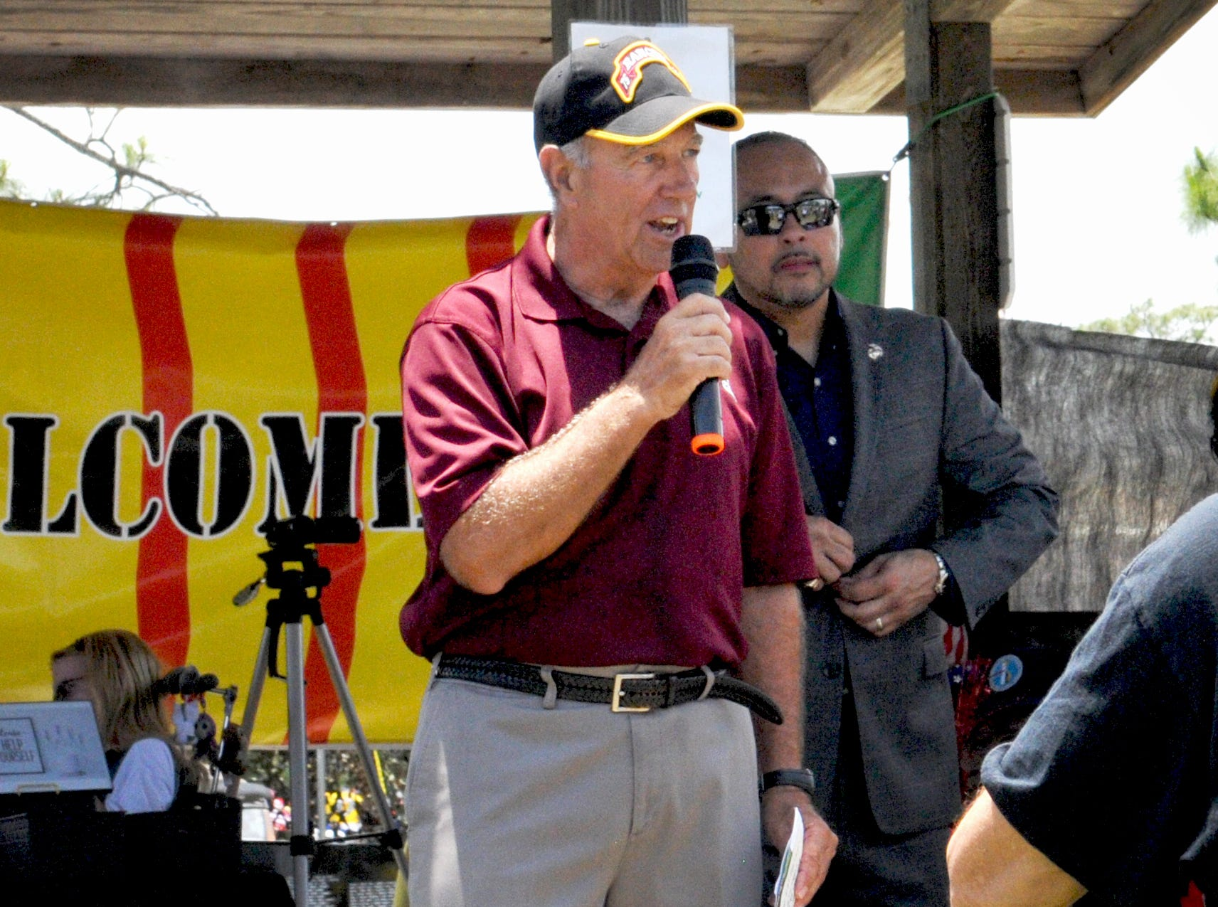 The keynote speaker was Colonel Danny McKnight, U.S. Army (Ret). Welcome Home Vietnam & Vietnam Era Veterans, a 1:00pm Saturday event held at the Vietnam Traveling Memorial Wall at Wickham Park in Melbourne. This is part of the Vietnam and All Veterans Reunion that continues until Sunday, May 12.