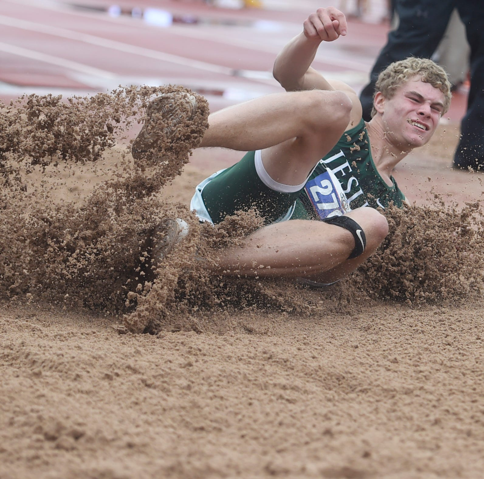 UIL State Track & Field: Houston Strake Jesuit's Boling sets national record in 100