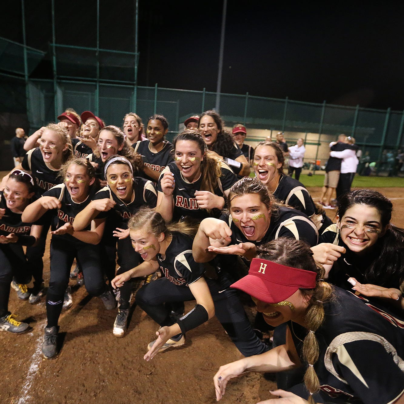 NJ SOFTBALL: Hillsborough jumps on Ridge early, runs away with Somerset County title