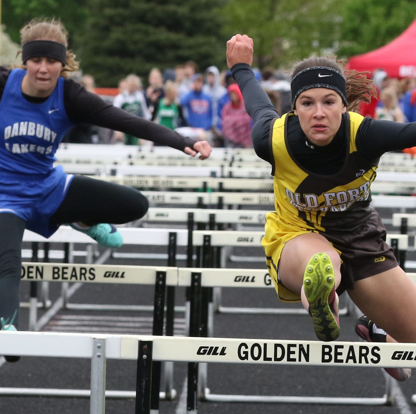 Old Fort's Clouse ready to adjust in unpredictable 300 hurdles