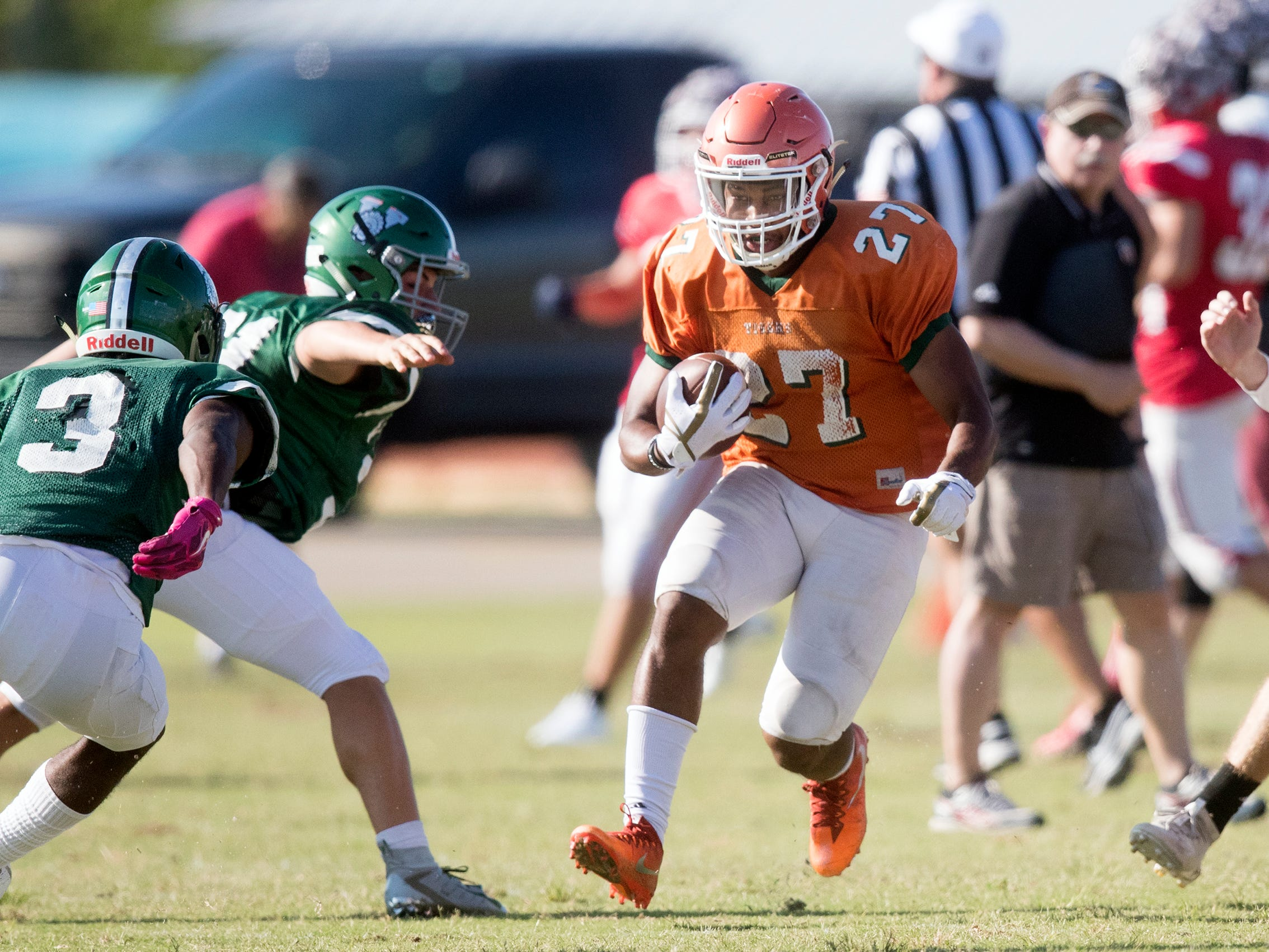 Dunbar High School joined Riverdale, North Fort Myers and Venice in a joint scrimmage on Saturday at North Fort Myers High School.