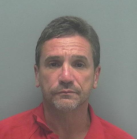 Lehigh Acres man accused of robbing cash advance business, Lee Sheriff Office says