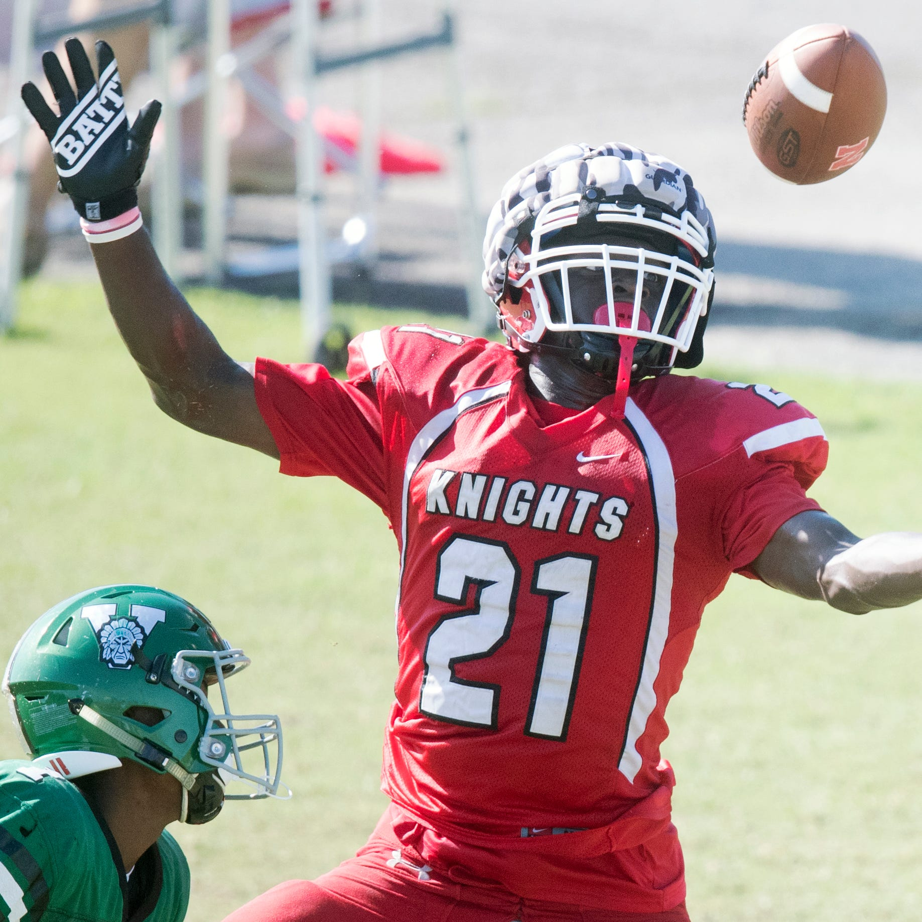 North Fort Myers, Dunbar and Riverdale knock the rust off in spring football scrimmage