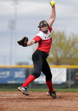 Pulaski junior Lauren Dixon is 15-3 with a 1.05 ERA.