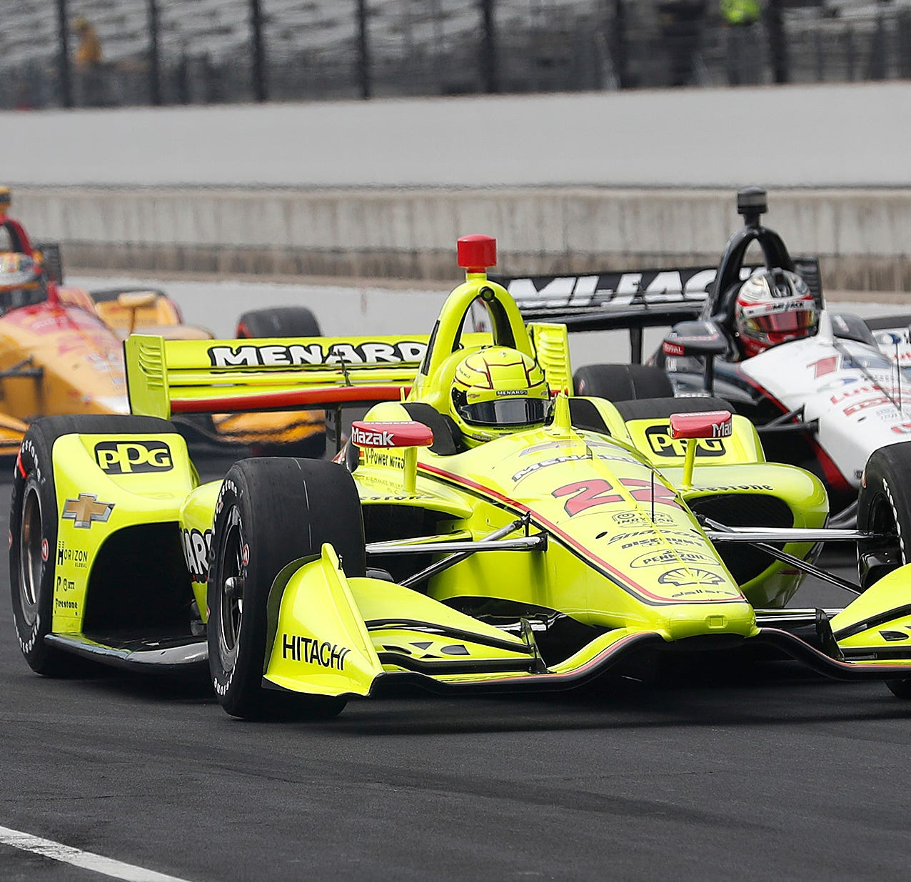 Simon Pagenaud makes incredible late pass to win IndyCar Grand Prix