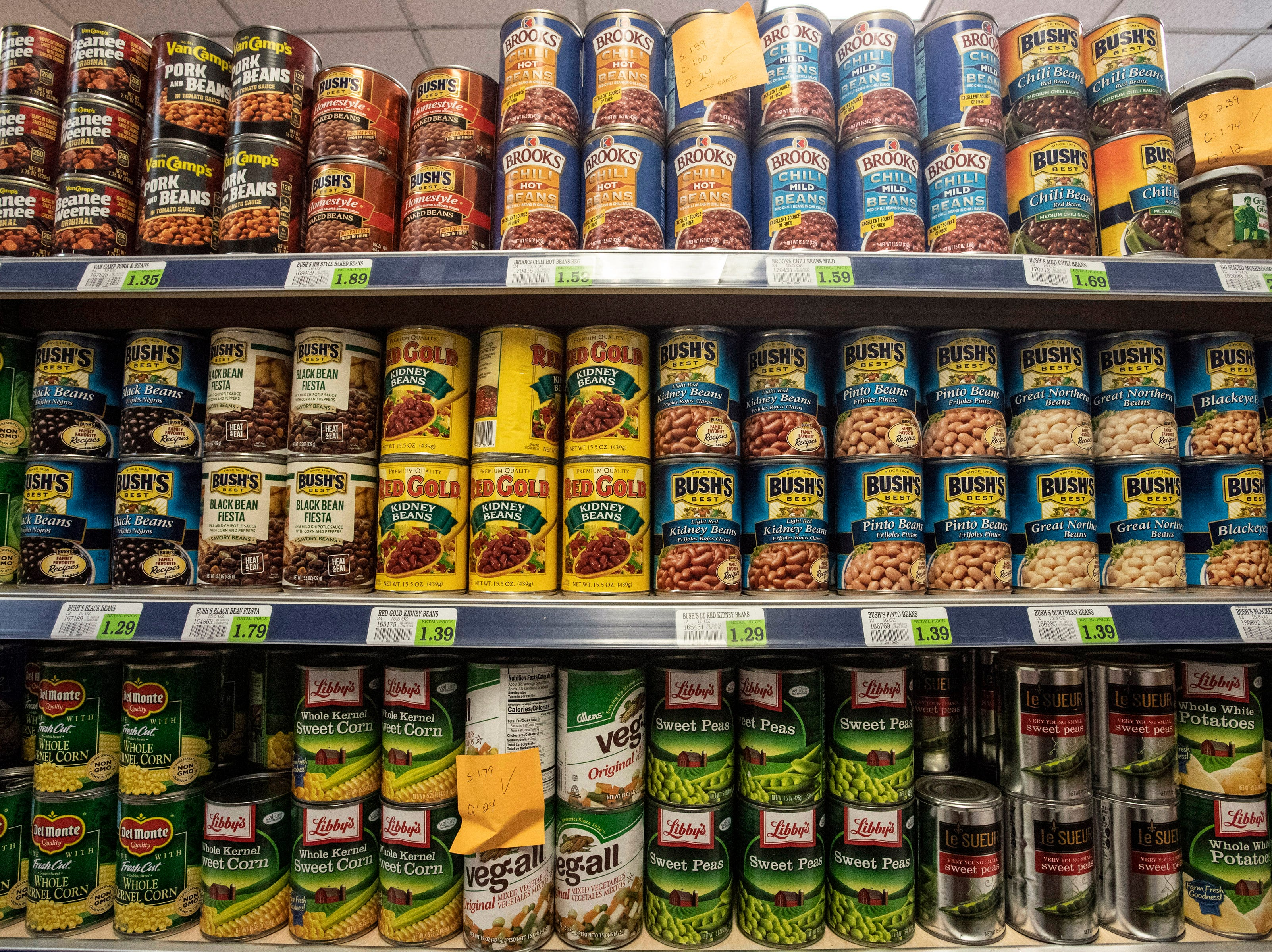 With a large selection of canned and dry goods, Superior Market & Deli will bring a New York-style bodega to Broadway for downtown visitors and workers alike. 5/10/19