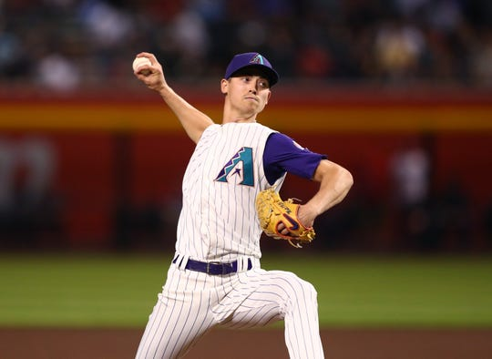 May 9, 2019: Arizona Diamondbacks pitcher Luke Weaver pitches in the fifth inning against the Atlanta Braves at Chase Field.