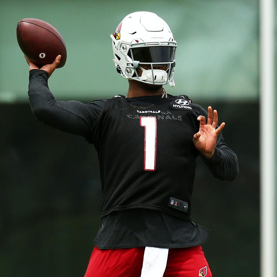 Kyler Murray's career is off and running despite foot discomfort at Cardinals mini-camp