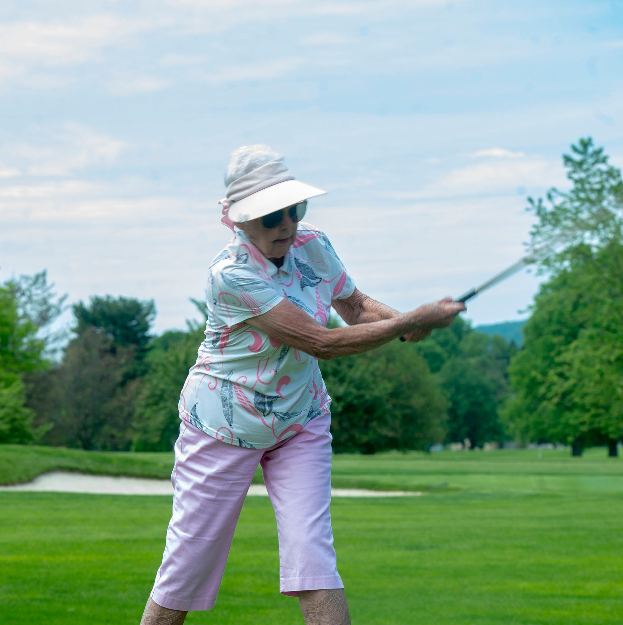 Woman celebrates 90th birthday on golf course