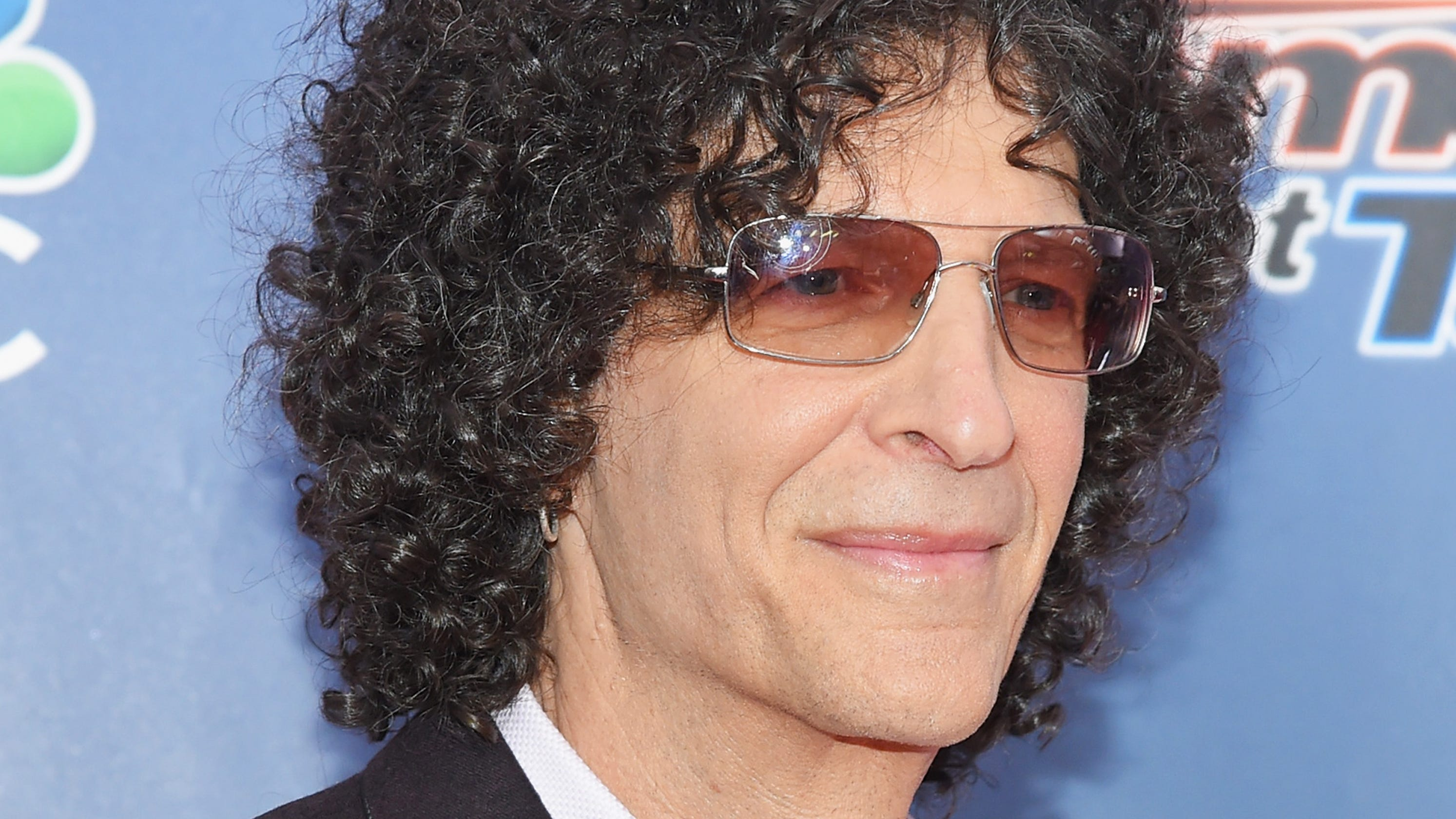 'Howard Stern Comes Again' reveals health scare, Robin ...