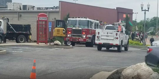 A gas leak occurred near Buca de Beppo in Rookwood Commons and Pavilion Saturday.