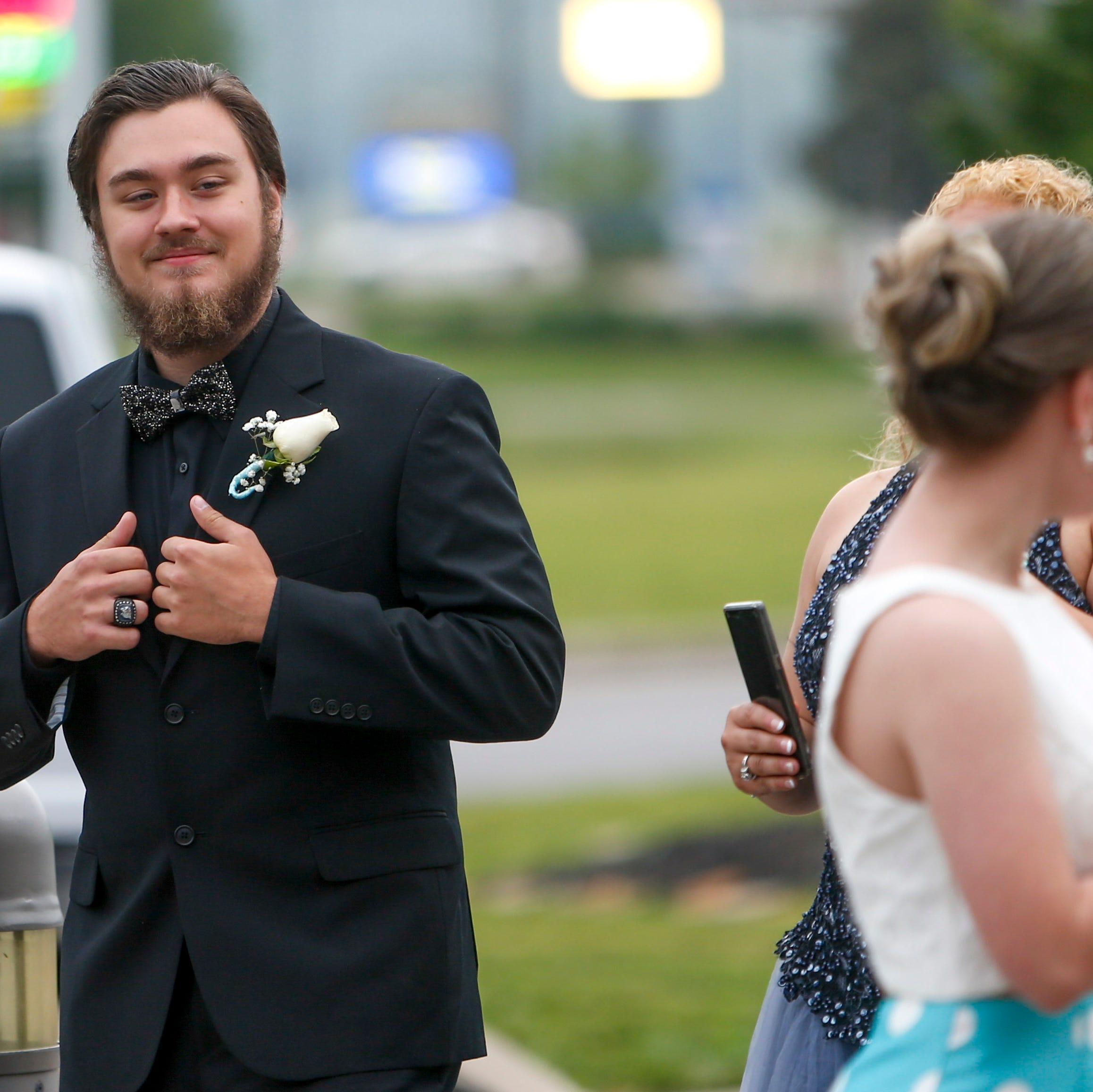 Montgomery Central celebrates prom in high spirits despite rain