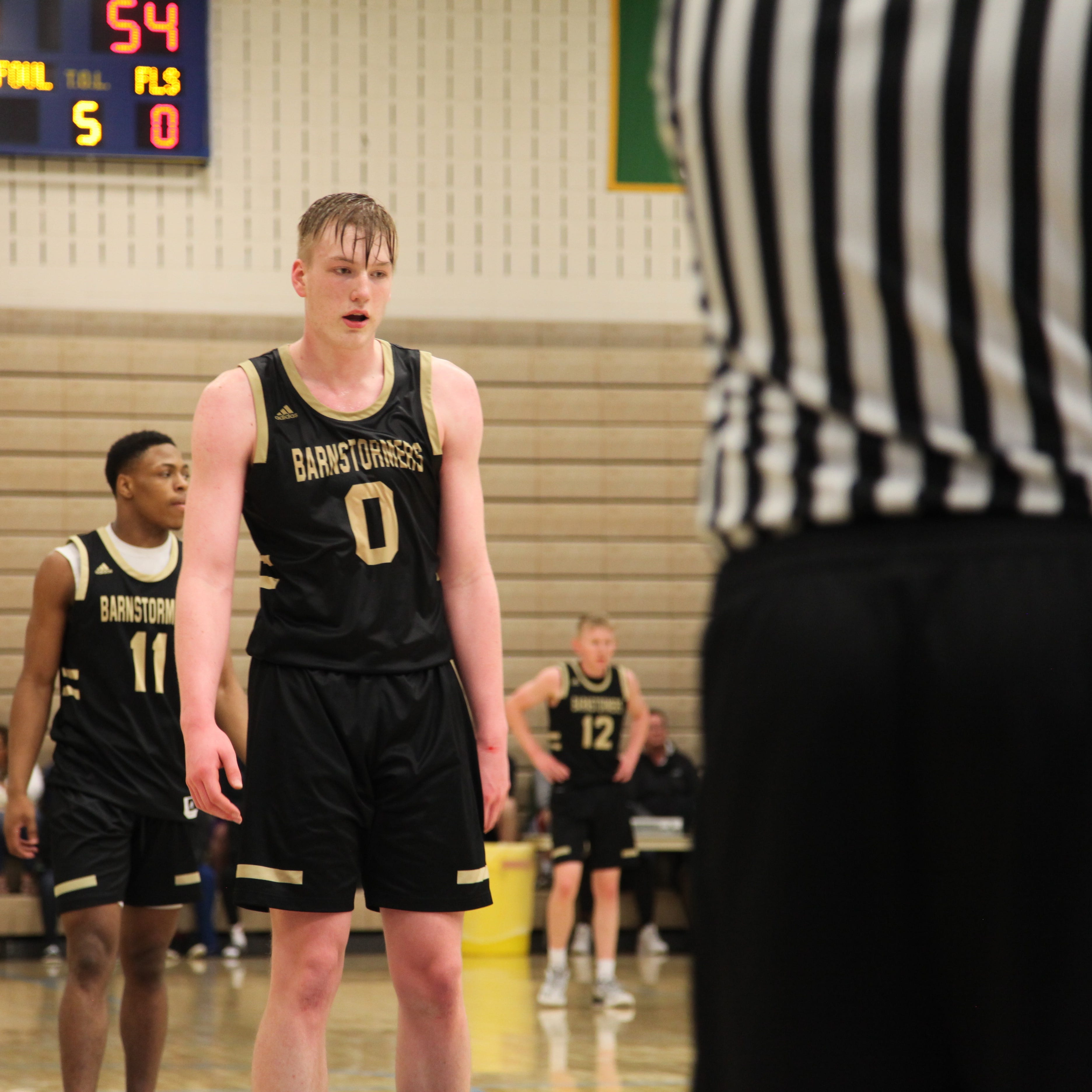 Iowa basketball recruiting: Even Brauns' official visits, Emarion Ellis' budding potential and more