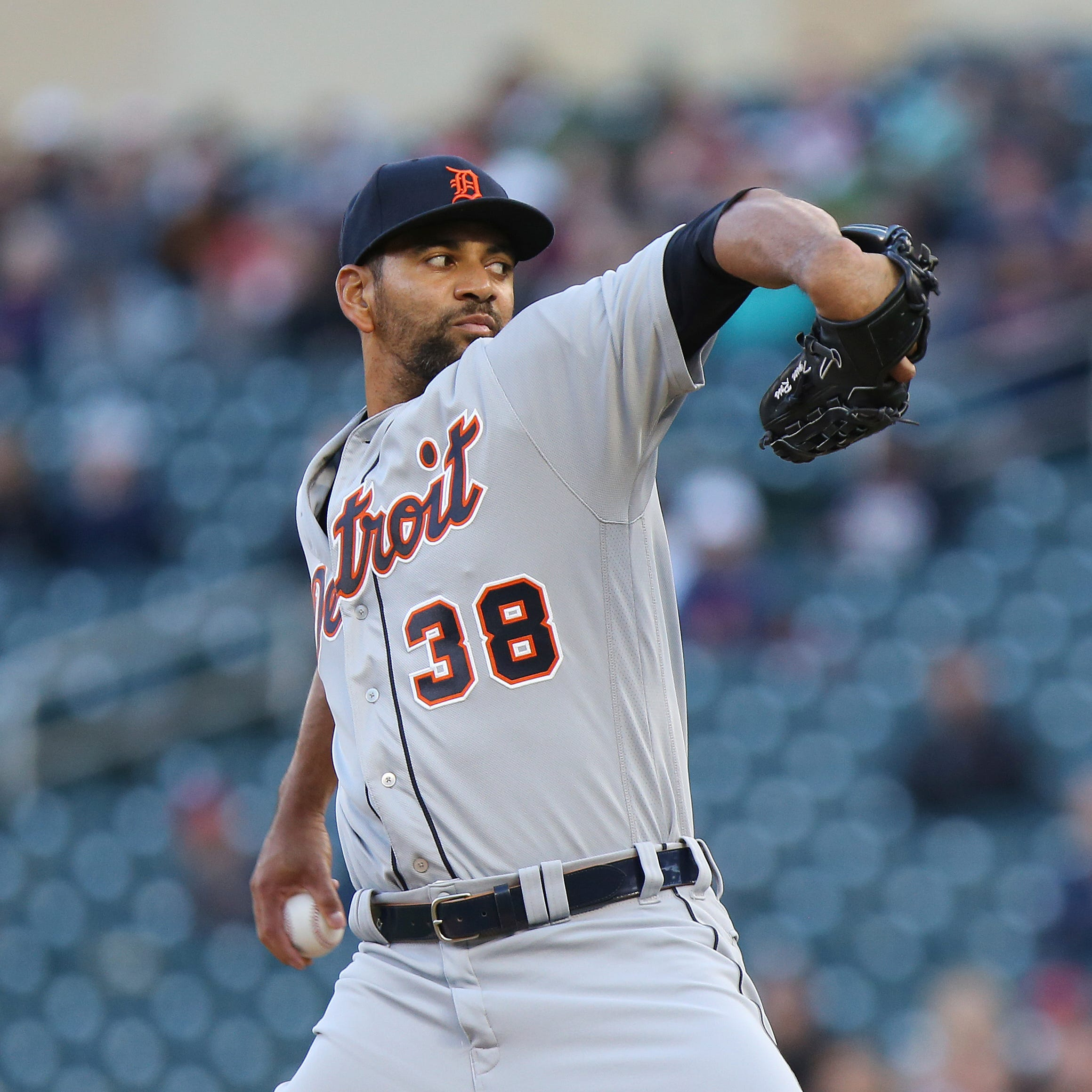 Another hit to Tigers rotation: Tyson Ross goes on IL with ulnar neuritis