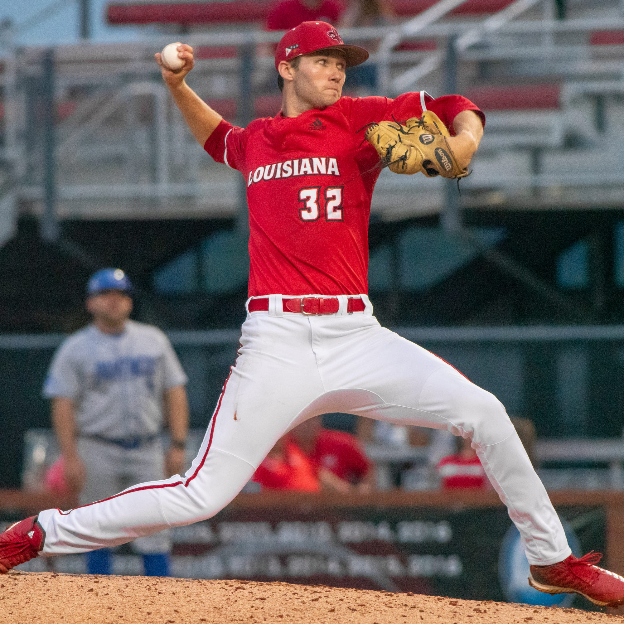 Young strikes out 10, Kasuls mule-kicks ball in UL win