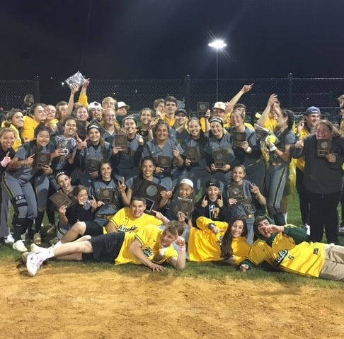 Eppel's walk-off propels Morris Knolls to Morris County Tournament softball title