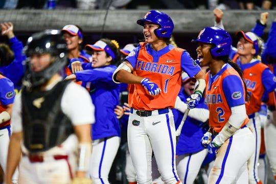 Florida wins its second straight SEC Tournament championship.