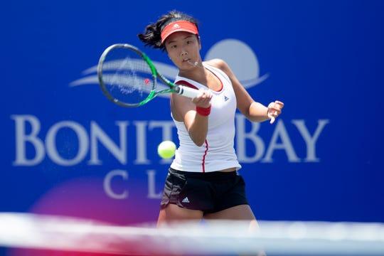 Ann Li takes on Lauren Davis during the FineMark Women's Pro Championship singles finals, Sunday at the Bonita Bay Club in Bonita Springs.