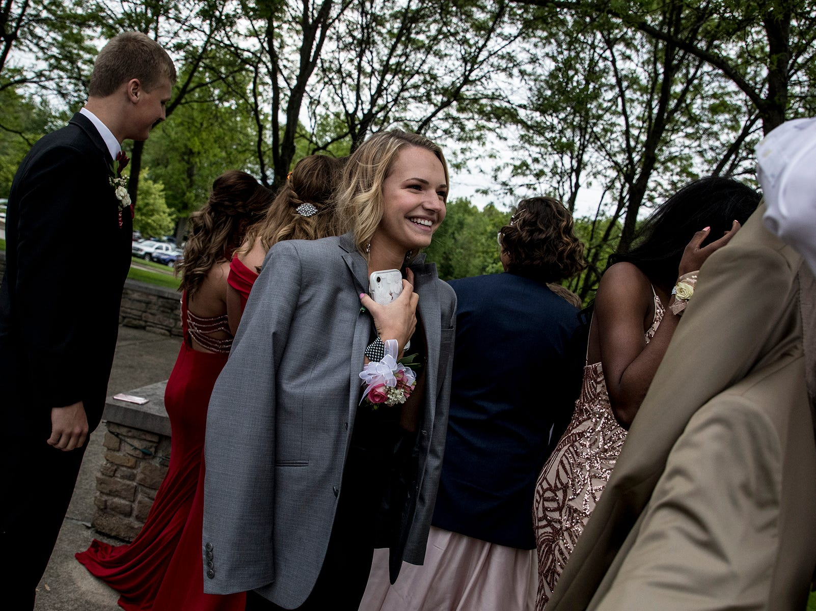 Students arrive at  the Johnstown prom at the Medallion Club in Westerville.