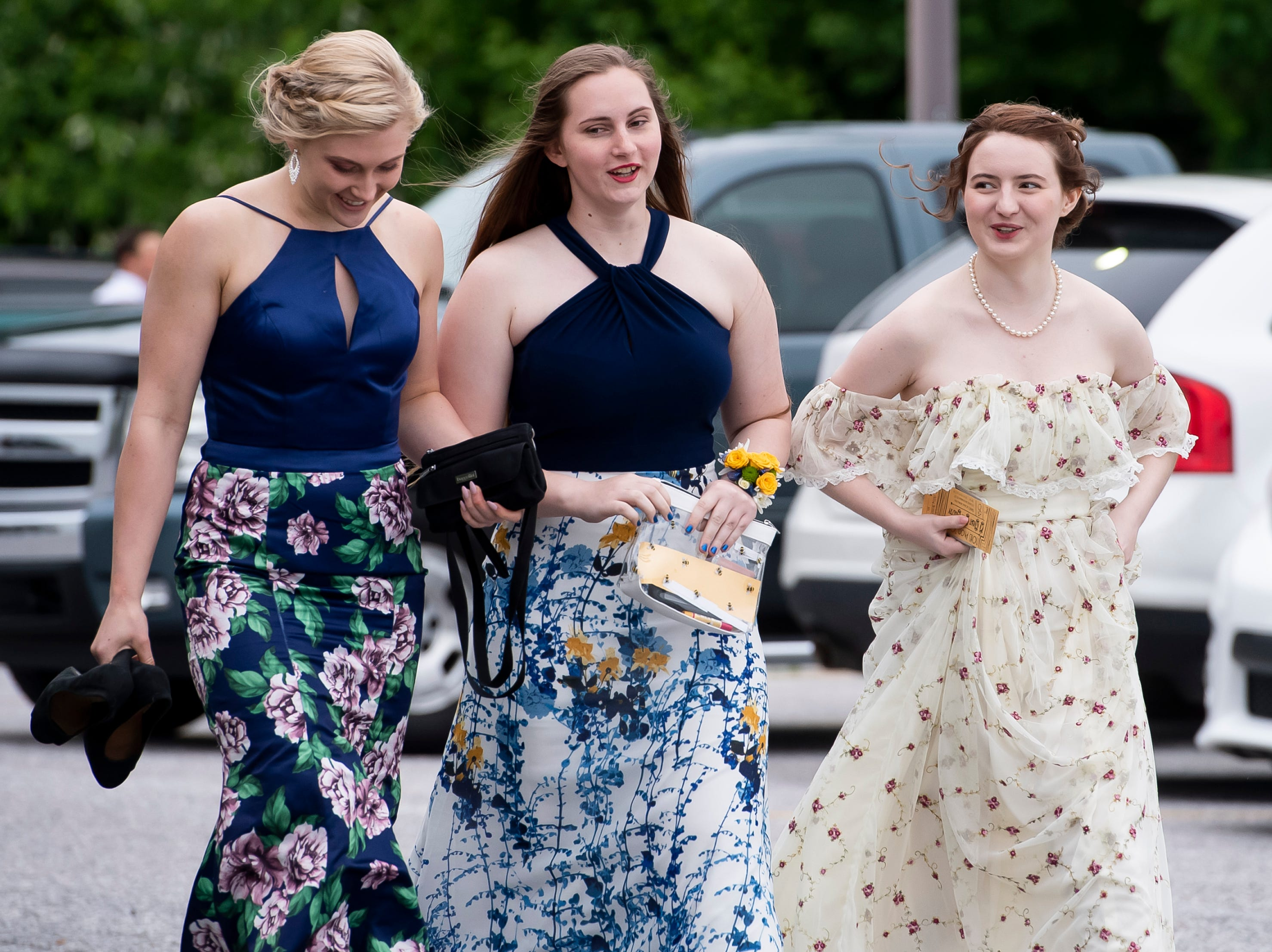 Students arrive at New Oxford High School's prom at Martin's in Westminster, Maryland on Saturday, May 11, 2019.