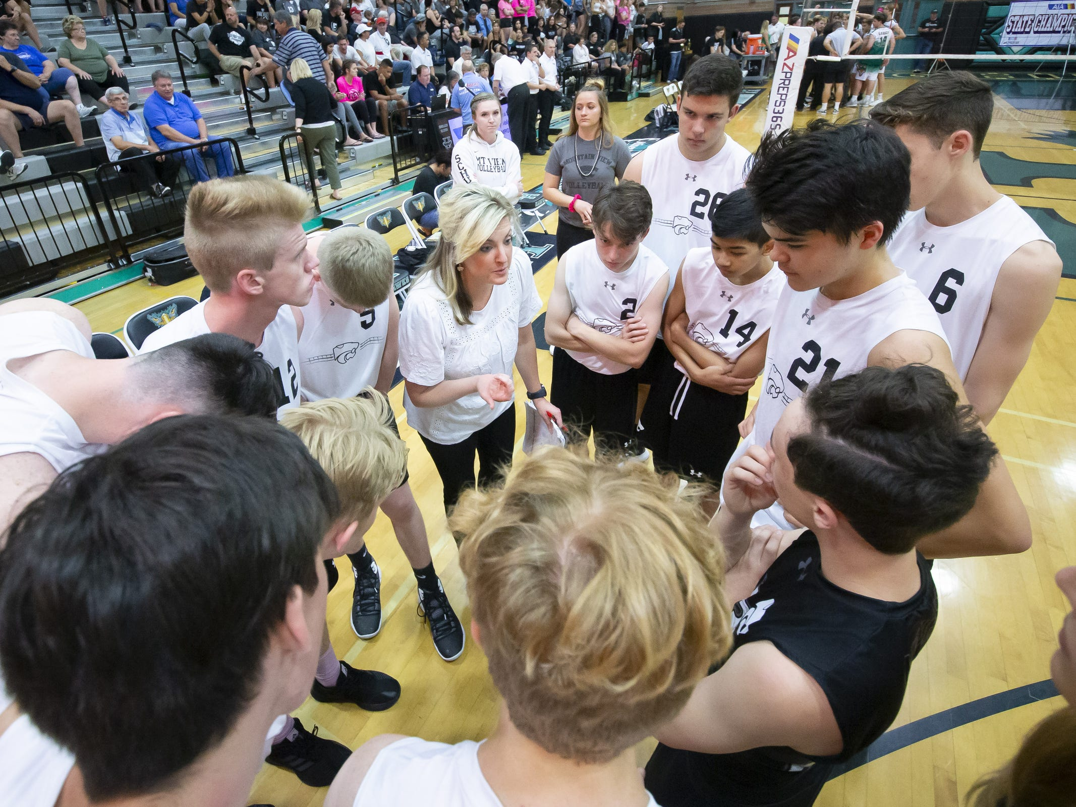 Head coach Lindsey Spivey of the Tucson Mountain View Mountain Lions speaks during a timeout during the 5A Boys Volleyball State Championships against the Campo Verde Coyotes at Higley High School on Saturday, May 11, 2019 in Gilbert, Arizona.