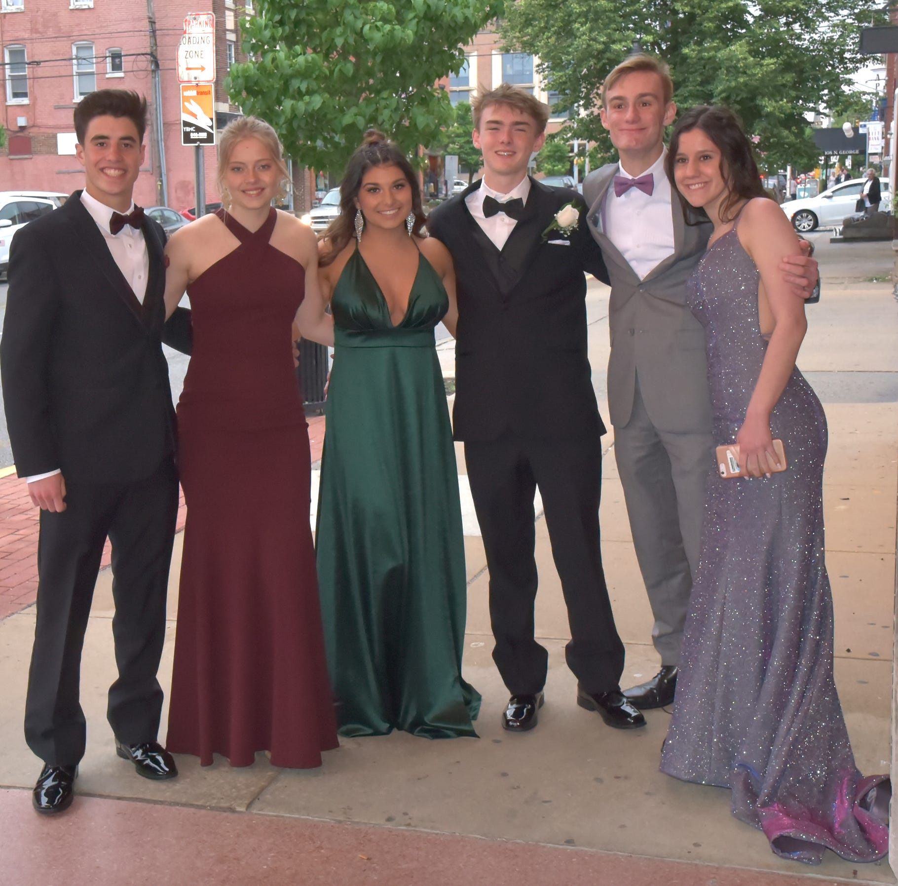 PHOTOS: York Suburban Trojans celebrate 2019 prom at Valencia