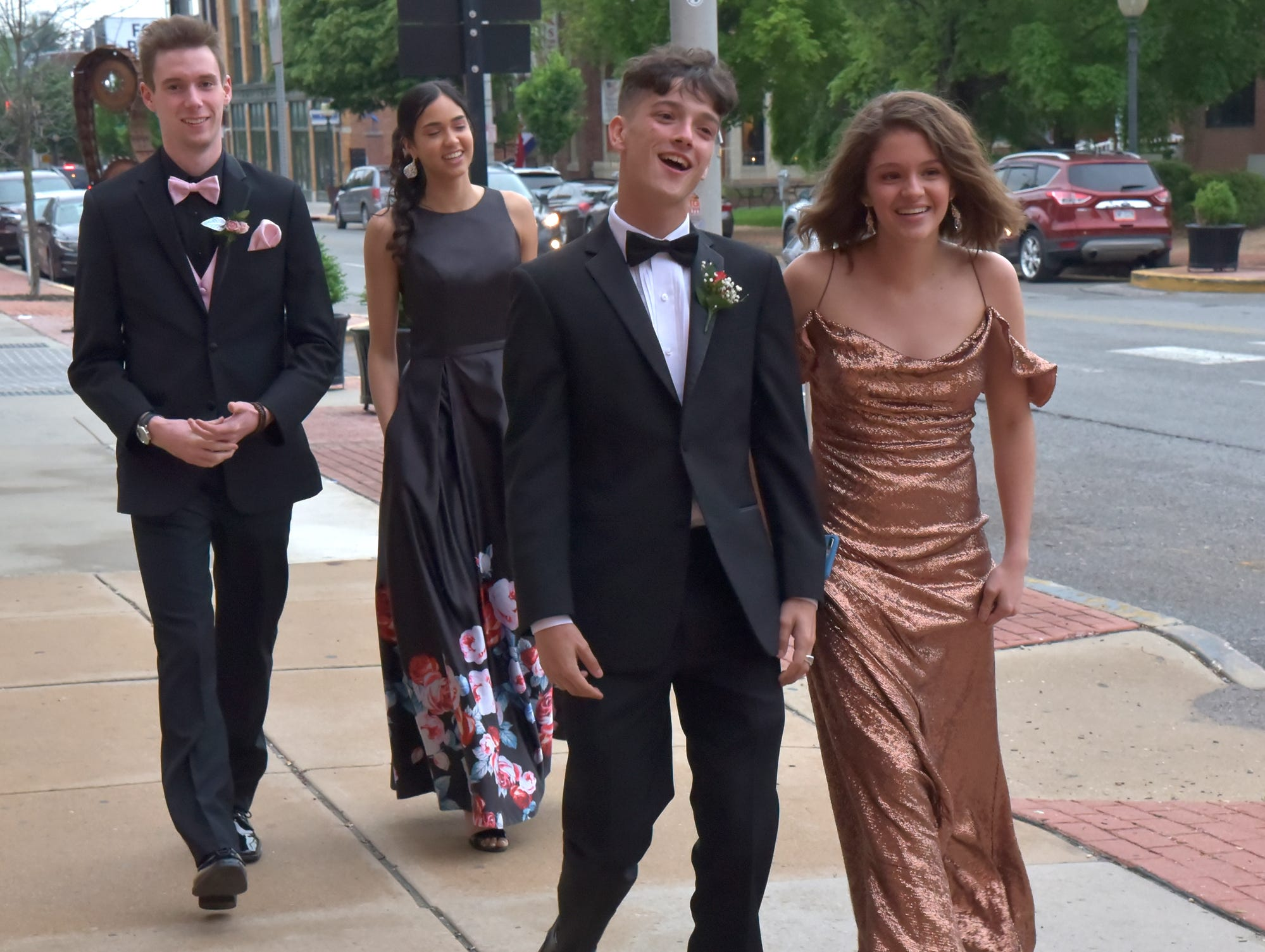 York Suburban Trojans celebrated their 2019 prom Saturday, May 11, at the Valencia Ballroom. Randy Flaum photo