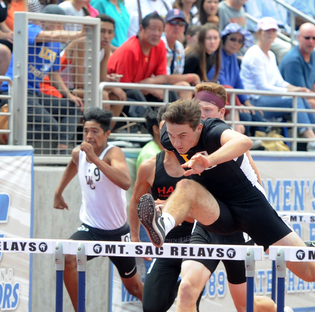 Ventura, Oaks Christian win team titles at CIF-SS Track and Field Championships