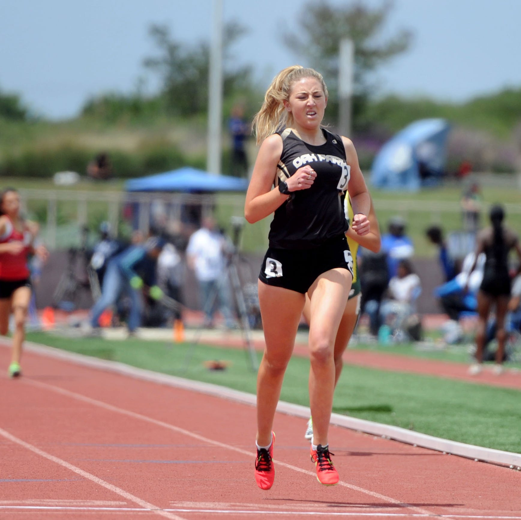 Oak Park's Sarah Shulze achieves grueling double-distance goal at CIF-SS track finals