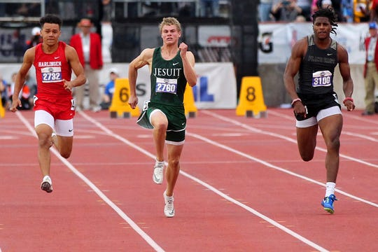 Strake Jesuit's Matthew Boling set a national record with a 10.13 Saturday in the 6A boys 100.
