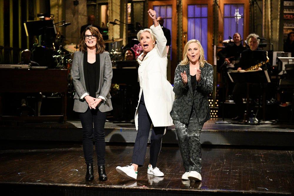'SNL': Tina Fey, Amy Poehler return to help Emma Thompson explain 'Mother Speak'