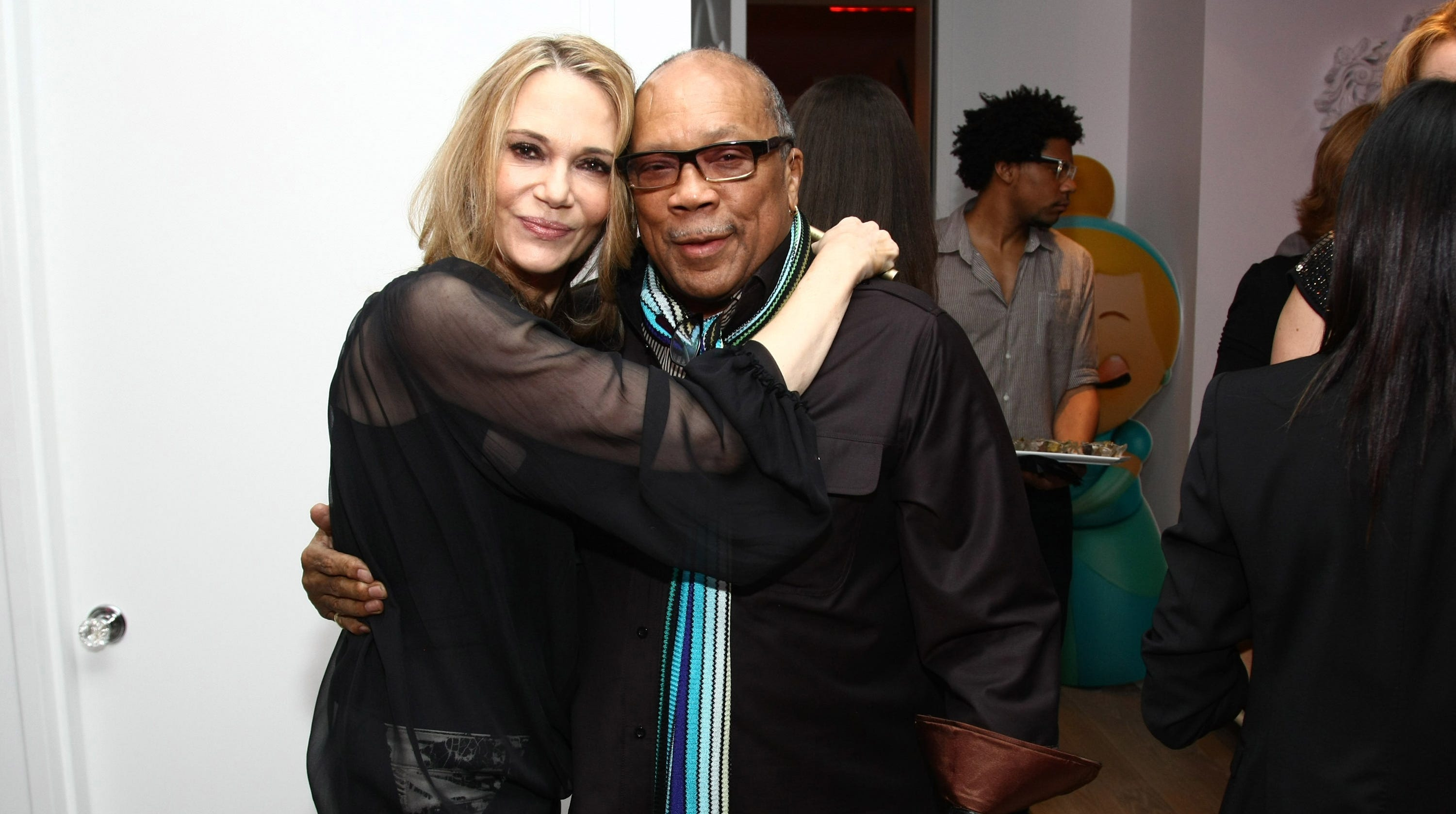 572fe78747ed Peggy Lipton dead; Quincy Jones pays tribute to 'beloved' late ex-wife