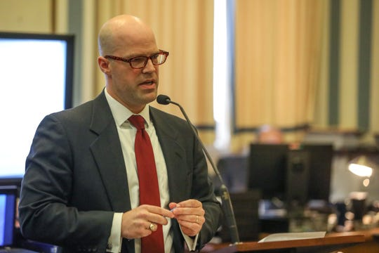 Assistant Prosecutor Michael Peck makes opening statements during the trial of Deonte Baber on Monday May 13, 2019. Baber is charged with murder in the fatal shooting of Jamie Urton in 2017, after Urton's car struck and injured a young boy.