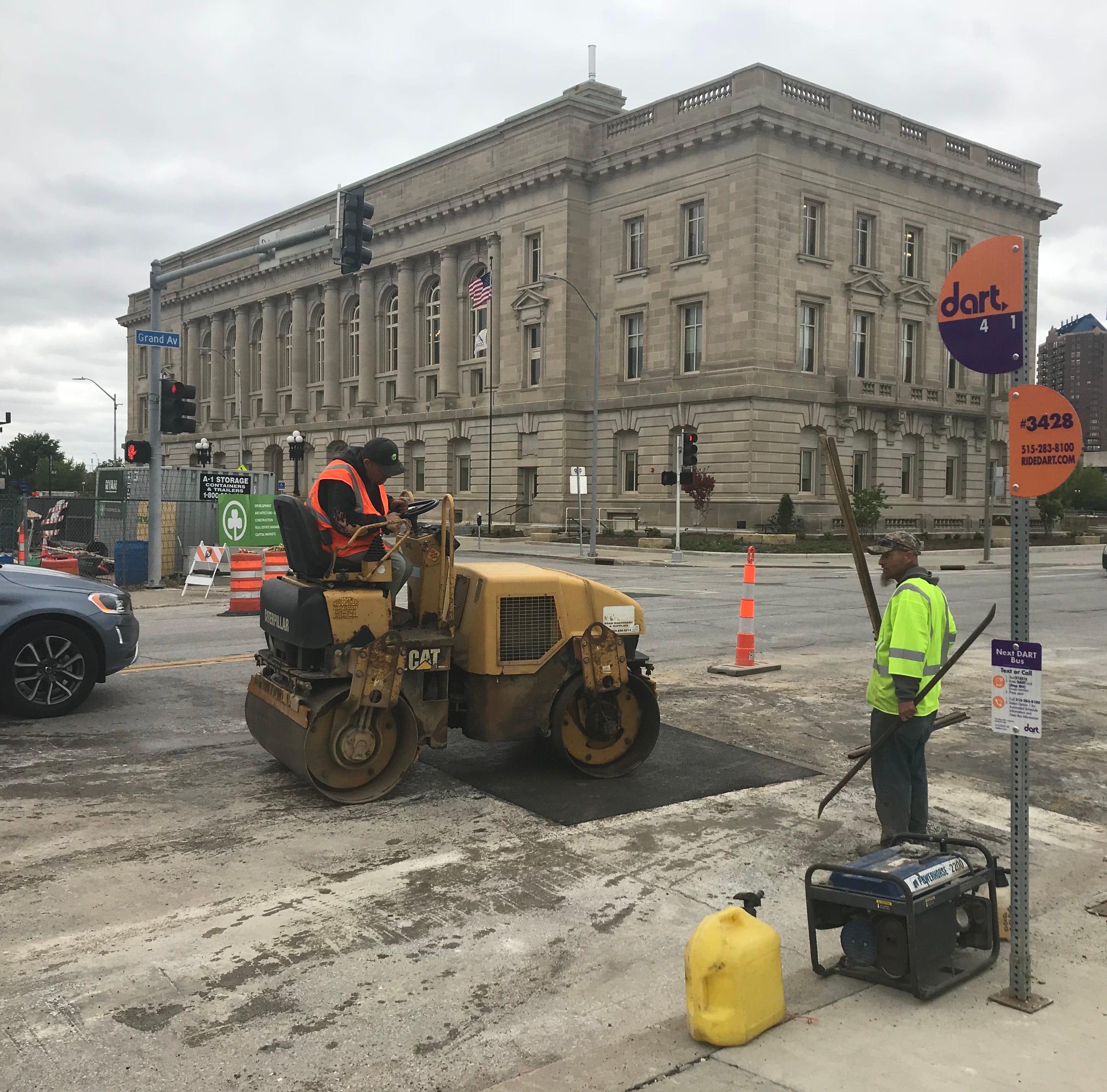 Des Moines changes 'confusing' bike lanes in East Village