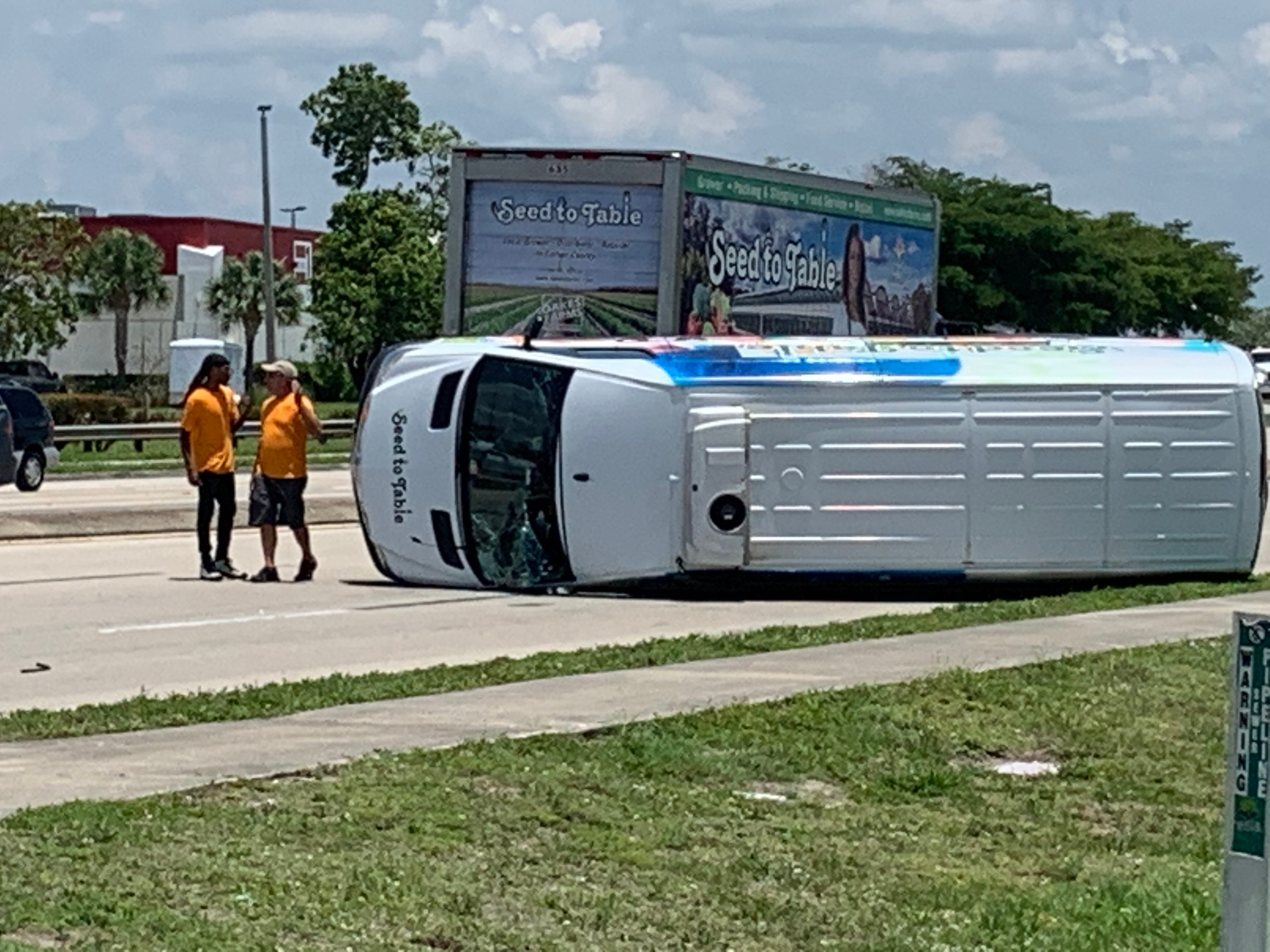 A crash at the intersection of U.S. 41 and Boy Scout Drive has blocked two northbound lanes of Fowler Street.The crash involved an Oakes Farms van and a passenger car. Nobody was hurt.