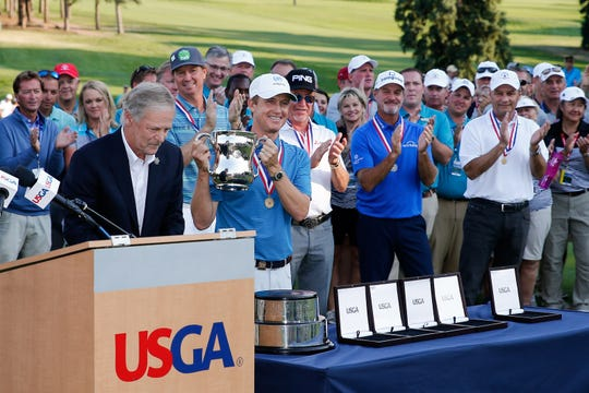 David Toms holds up the U.S. Senior Open Trophy following the final round at the Broadmoor last year. The event is coming to South Bend this June.