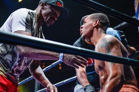 Professional boxer Ladarius 'Memphis' Miller in his corner with Floyd Mayweather Sr.