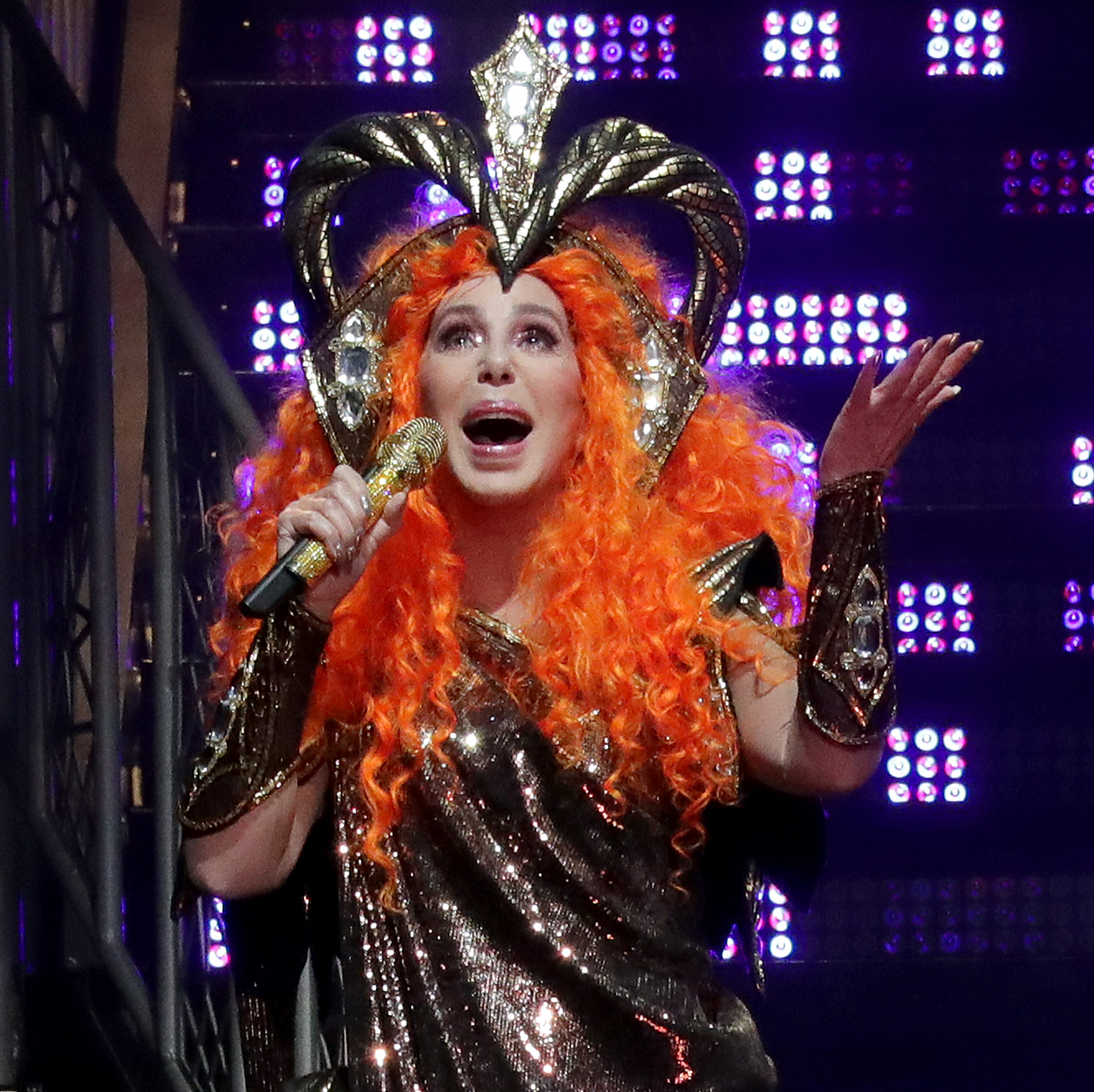 Cher celebrates Mother's Day at Milwaukee's Fiserv Forum with empowering concert