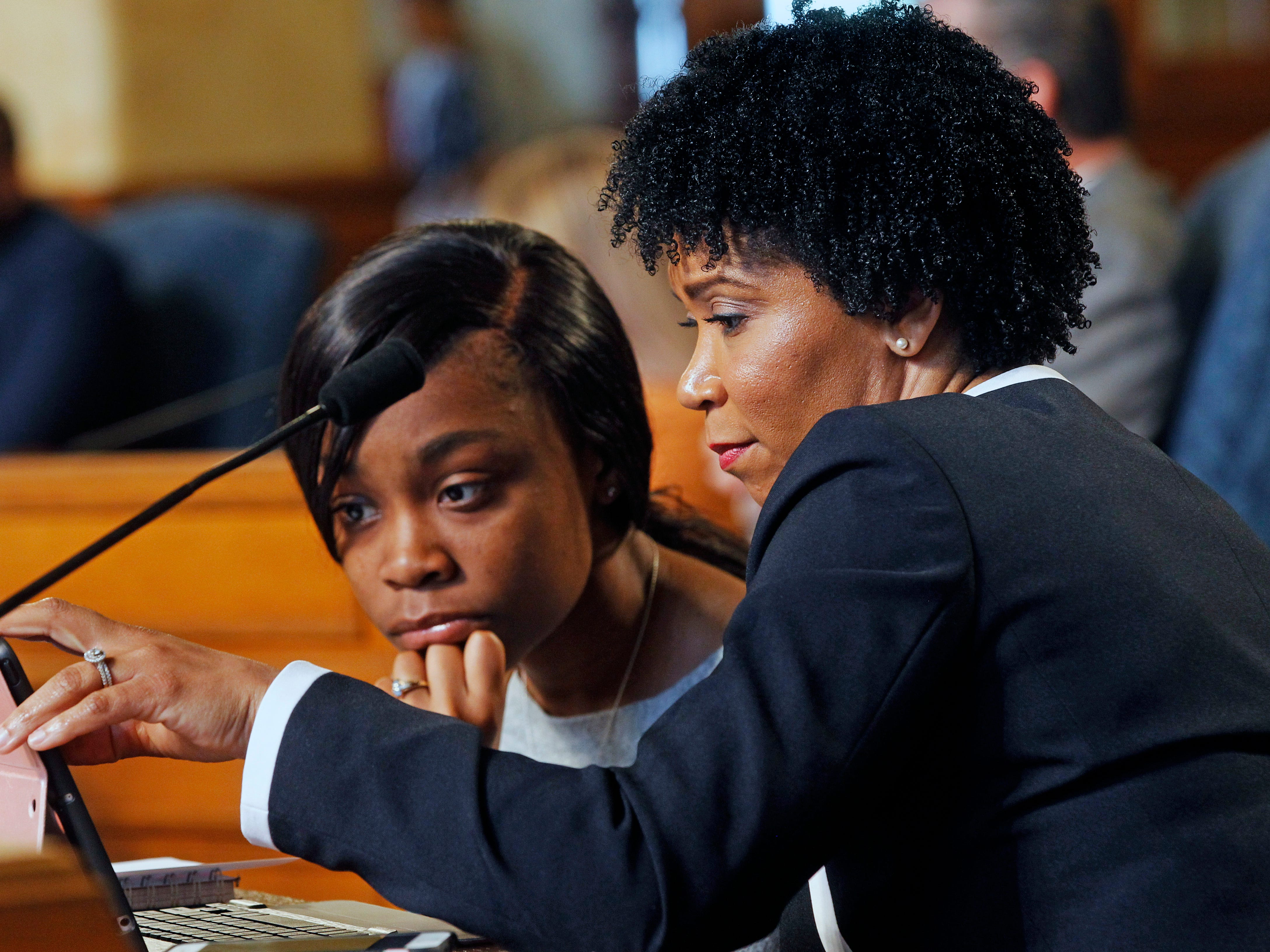 Milwaukee alderwoman Nikiya Dodd, right, is joined by Youth Council member Cheyenne Jordan at a Common Council  meeting at Milwaukee City Hall.