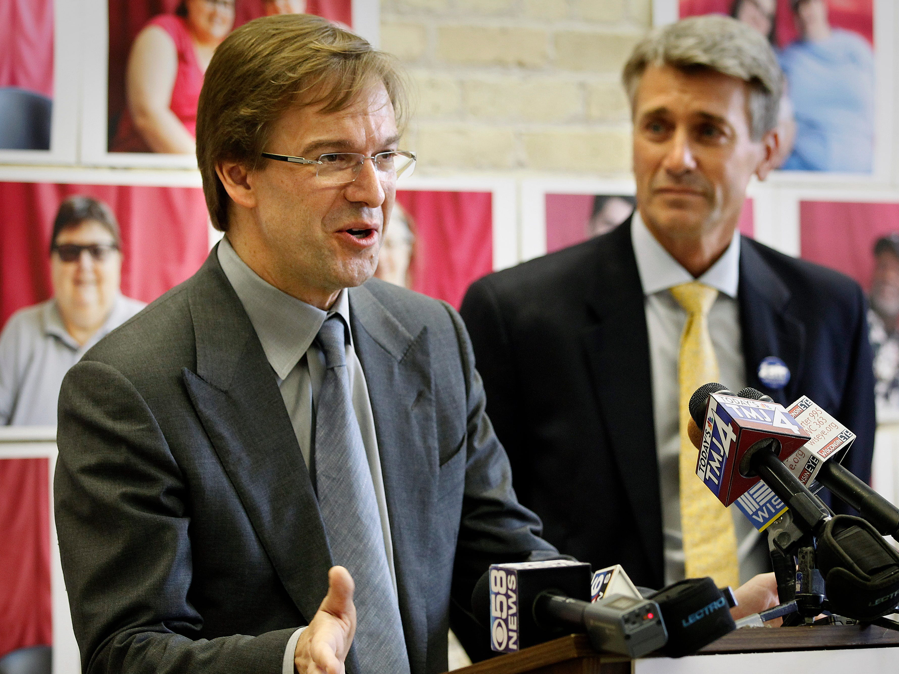 2013: Milwaukee County Executive Chris Abele joined Minneapolis Mayor R.T. Rybak in support of same-sex marriage, and urged Wisconsin to follow Minnesota's acceptance of it. Minneapolis Mayor R.T. Rybak unveiled a new campaign encouraging Wisconsin same-sex couples to come to Minneapolis to Marry.